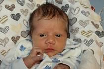 Martin Štěpán se narodil 6. března rodičům Jitce Albrechtové a Jakubovi Štěpánovi s mírou 50 cm a váhou 3,10 kg. Doma na něho čekal tříletý bráška Dominik.
