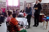 Setkání v knihovně s Janem Hrubým.
