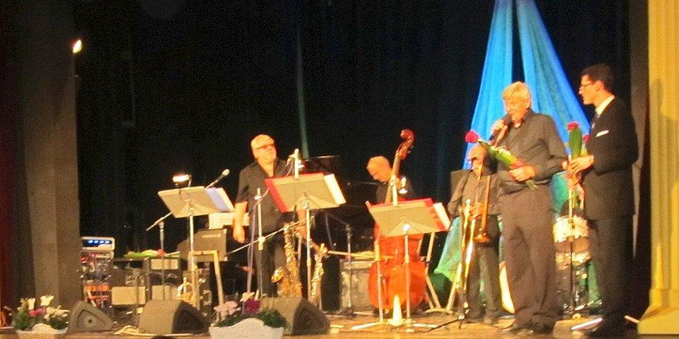 Novopacký Evergreen Dixieland Band.