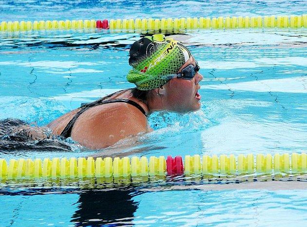 Akce 24 hodin plavání v jaroměřském bazénu.