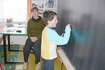 Zápisy v novopacké církevní škole.