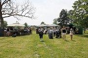 Tradiční otevření lázeňské sezóny se vydařilo. Sobotní den si v areálu minigolfu užily stovky lidí.