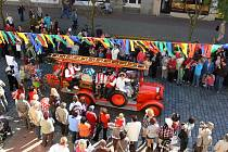 Zahajovací pohádkový průvod festivalu Jičín - město pohádky.