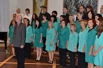 Koncert sboru Smetana v popovickém kostele.