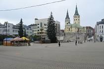 Ze Slovenska.