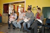 Ostruženské vítání občánků s besídkou pro děti i seniory.