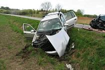 Nehoda u Újezdu pod Troskami.