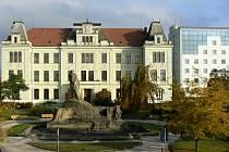 Gymnázium Hořice.