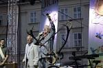 Symbolické vrácení klíče od města a ukončení festivalu.