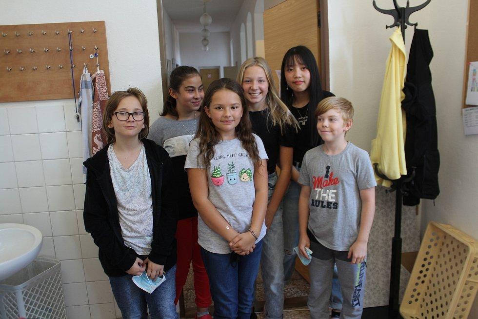 ZŠ a MŠ Kopidlno se chce stát Fairtradovou školou a pomáhat lidem na druhém konci planety. V září škola založila  skupinu k podpoře fair trade.