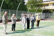 Ze slavnostního otevření nového hřiště v Železnici.