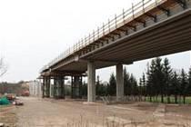 Na podzim letošního roku má být dokončena rekonstrukce mostu u Hořic na frekventované silnici I/35.