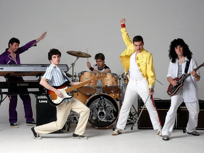 Skupina Queenie - revivalová kapela Queen.