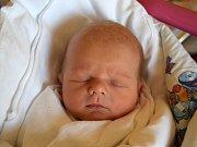 Vojtěch Bubák se směje na svět od 23. dubna, kdy se narodil s mírou 50 cm a váhou 3,54 kg. Ze synka se radují rodiče Kateřina a Martin Bubákovi z Turnova.