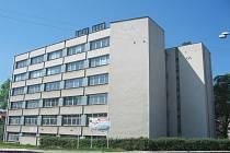 Budoucí radnice - budova bývalého ARiSu.