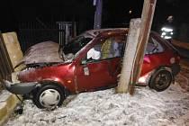 Havárie osobního automobilu v Chodovicích.