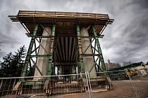 Rekonstrukce mostu v Hořicích.