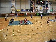 Tchoukball v jičínské sportovní hale.