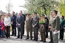 Oslavy 65. výročí osvobození naší republiky od nacistů v Jičíně.