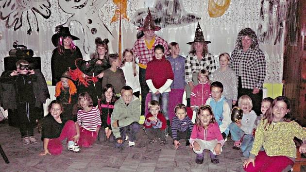 Halloween ve Starém Místě.