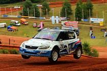 VÁCLAV FEJFAR  na trati ve Štikovské rokli při mistrovství Evropy v autokrosu, kde jasně triumfoval.
