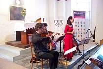 Koncert souboru Bardolino v hořické synagoze.