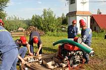 Soutěž hasičů pod Kumburkem.