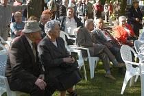 Levicová sdružení okresu pořádala oslavu 1. máje v Jičíně v lipách.