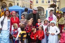 Mateřské centrum Kapička na pohádkovém festivalu s Jiřím Lábusem.