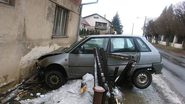 Nehoda v Popovicích.