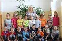 Prvňáčci Základní školy Cerekvice.