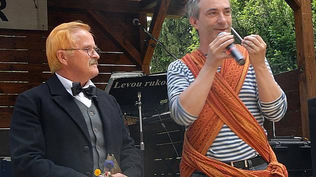 Petr Vacek s Karlem Jaromírem Erbenem.