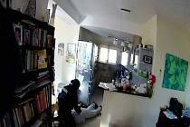 Ilustrační foto - zásah policistů v realitní kanceláři.