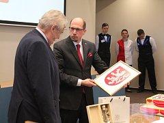 Z návštěvy prezidenta Miloše Zemana v Nové Pace.