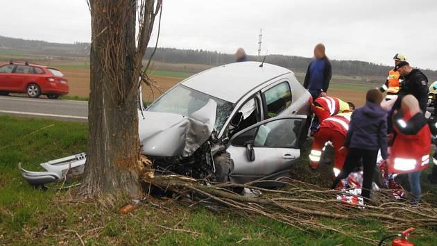 Dopravní nehoda u Ostroměře.