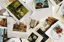 Sbírání známek je legendární koníček.