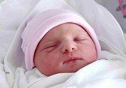 ZUZANA JOSKOVÁ se narodila 10. května rodičům Simoně a Petru Joskovým. Po narození vážila 3,18 kg a měřila 47 cm. Doma  v Jičíně se na Zuzanku těší dvanáctiletá Alice a sedmiletý Marek.