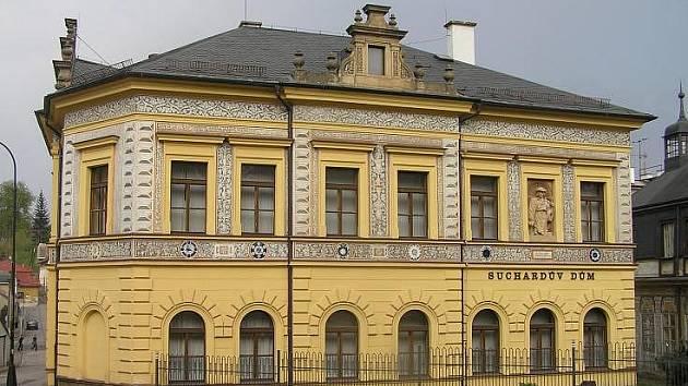 Suchardův dům, kde sídlí Městské muzeum v Nové Pace