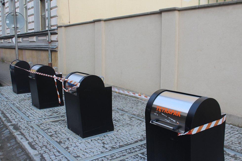 Nové kontejnery v Lindnerově ulici se otevřou v srpnu.