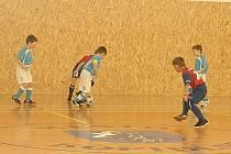 Trénink v kopidlenské sportovní hale.