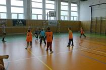 Sportovní dopoledne v hořické hale gymnázia.