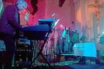Z charitativních koncertů pro Vanesku - koncert v Hořicích.
