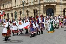Z bělohradských folklorních slavností Pod Zvičinou.
