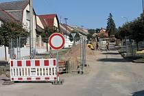 Z oprav hořické Otakarovy ulice.