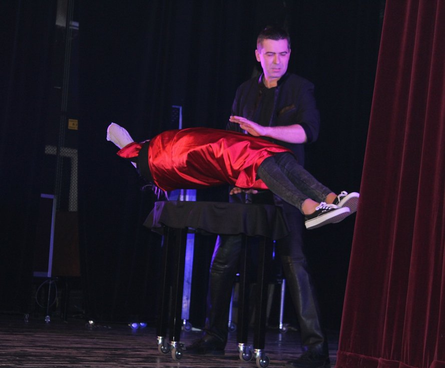 Kouzelnický galavečer v MKS Nová Paka