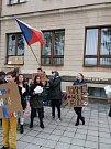 Na škole deváťáci zpacifikovali demonstrující osmáky
