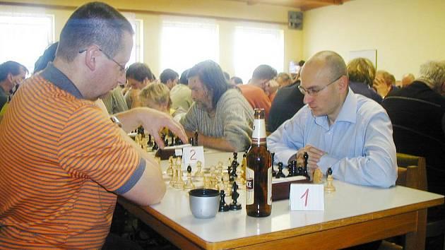MARTIN DUCZYNSKI (na snímku vlevo) dlouho vedl, ale nakonec se z prvenství radoval Jaroslav Fiala.