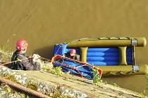 Hasiči vytáhli z Orlice utopenou ženu.
