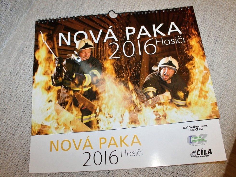 MLADÉ DOBROVOLNICE, které se rozhodly podpořit svoji kamarádku, dokončily svůj záměr. Velice zdařilý hasičský kalendář je v prodeji.