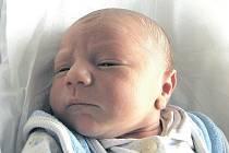 MIROSLAV ZELENÝ se narodil 13. 12. v 13:16 hod. s délkou 51 cm a váhou 3,5 kg. S rodiči Martinou a Miroslavem a sestřičkou Martinkou (8) bydlí v Městci nad Dědinou.